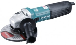 Makita GA6040C  -  SZLIFIERKA KĄTOWA 150mm